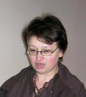Елена Викторовна Высоцкая - канд.психол.н., ведуший научный сотрудник лаборатории новых образовательных технологий Психологического института РАО, учитель химии